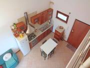 SENIGALLIA: A km. 4, appartamento con ingresso indipendente (soggiorno/cucina, 2 camere, bagno) + soppalco con bagno, mq. 55 terrazzi e posto auto coperto - COSTRUZIONE 2008