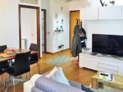 APPARTAMENTO A SENIGALLIA : In zona Portone appartamento di mq 70 al secondo piano con ascensore (soggiorno, cucina con terrazza verandata, camera, cameretta, bagno) + cantina e garage. € 180.000,00.