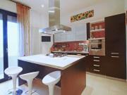 APPARTAMENTO A SENIGALLIA: Cesanella, secondo piano di mq. 105 (soggiorno, cucina, due camere, ripostiglio, due bagni) + balcone. - EURO 210.000,00