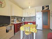 APPARTAMENTO A MARZOCCA: Piano terreno, MQ. 60 con ingresso indipendente (soggiorno/cucina, camera, cameretta, bagno) + mq. 57 corte esclusiva con veranda e mq. 19 garage, ammobiliato - COSTRUZIONE 2014