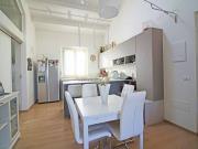 APPARTAMENTO A SENIGALLIA: Zona Cesanella, appartamento mq. 63 con ingresso indipendente (soggiorno/cucina, 2 camere, bagno) + soppalco con bagno, due terrazzini e garage. Classe En. A+, ottime rifiniture.