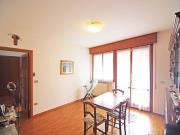 APPARTAMENTO A SENIGALLIA: Parco della Pace, primo piano di mq. 85 (soggiorno, cucina, due camere, ripostiglio, due bagni) + terrazzo, balcone, soffitta di mq. 30 e ampio garage. - EURO 240.000,00