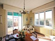 APPARTAMENTO A SENIGALLIA: Centro storico, secondo piano di mq. 95 (soggiorno, cucina, due camere, due bagni) + balcone e soffitta - Panoramico! -  EURO 230.000,00