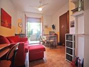 APPARTAMENTO A MARZOCCA piano terra di mq. 60 (soggiorno, cucinotto, 2 camere, bagno) + veranda, corte esclusiva e garage. Arredata.