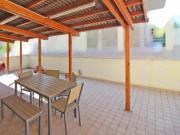 APPARTAMENTO A MARZOCCA: piano terra di mq. 67 (soggiorno, cucinotto, 2 camere, bagno) + corte esclusiva di mq. 55, cantina e garage. Arredato. Eu. 168.000,00