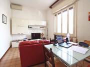APPARTAMENTO A SENIGALLIA: Borgo Catena, ingresso indipendente in bifamiliare mq. 120 (cucinotto, tinello, 3 camere, 2 bagni) + mq. 64 garage/taverna e mq. 300 corte esclusiva con pozzo - possibilità Ecobonus 110%