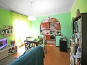 APPARTAMENTO A SENIGALLIA: Zona Gabriella, mq. 90 (soggiorno, cucinotto, 3 camere, bagno) + 2 balconi, ampio garage, corte esclusiva e giardinetto, in contesto bifamiliare. - AMPIA VISTA SUL MARE