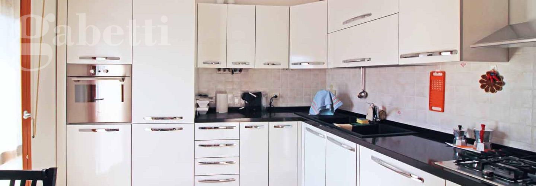 Vendita appartamento a Senigallia (5-10 km) - codice: [SV03606 ...