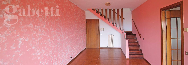 Fotografia principale Immobile[SV03687]: APPARTAMENTO A SENIGALLIA : Al Vivere Verde appartamento al secondo piano, su due livelli, di mq 100 ( salone con balcone, cucina abitabile, camera matrimoniale, bagno, mansarda open space abitabile con bagno) + garage. € 245.000,00.