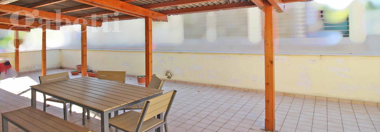 Fotografia principale Immobile[SV04125]: APPARTAMENTO A MARZOCCA: piano terra di mq. 67 (soggiorno, cucinotto, 2 camere, bagno) + corte esclusiva di mq. 55, cantina e garage. Arredato. Eu. 168.000,00
